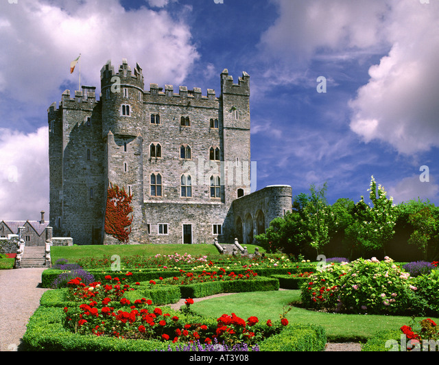 Kilkea stock photos kilkea stock images alamy for Kildare castle