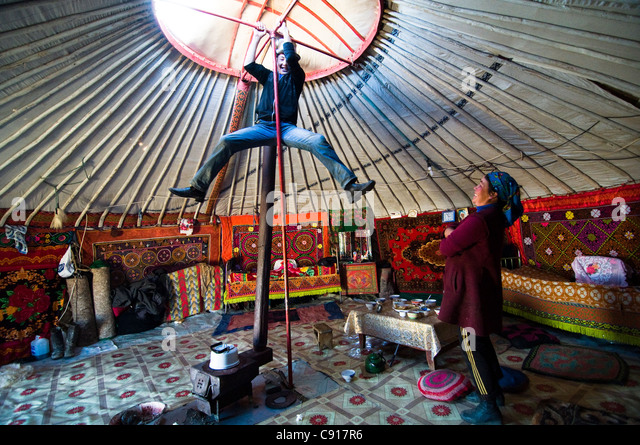 a-peek-into-a-kazakh-yurt-in-western-mon