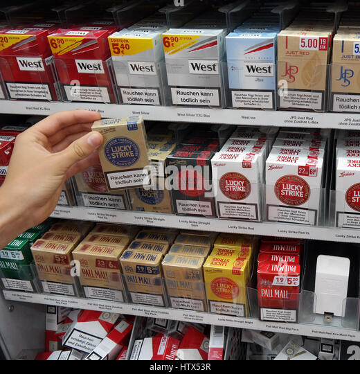 How much nicotine is in 1 Marlboro cigarette