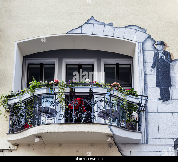 magritte stock photos amp magritte stock images alamy