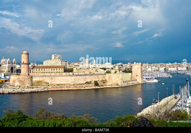 Pharo stock photos pharo stock images alamy - Parking vieux port fort saint jean marseille ...