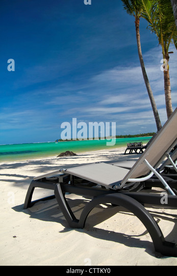 Thailnad stock photos thailnad stock images alamy for Beach chaise longue