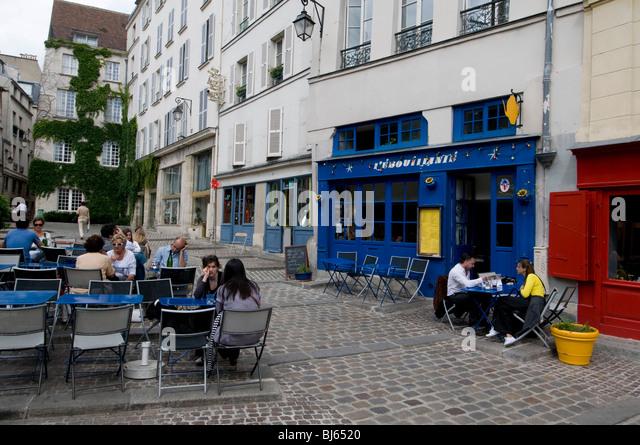 marais paris cafe stock photos marais paris cafe stock images alamy. Black Bedroom Furniture Sets. Home Design Ideas