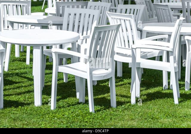White Plastic Garden Furniture Stock Photos & White Plastic Garden ...