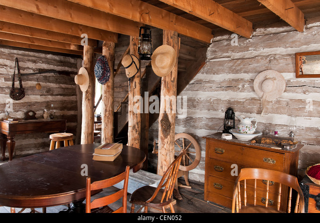 Cabin Creek Clothing: 1800s Living Room Stock Photos & 1800s Living Room Stock