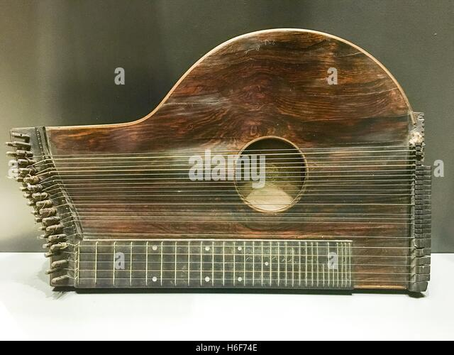 zither old stock photos amp zither old stock images alamy