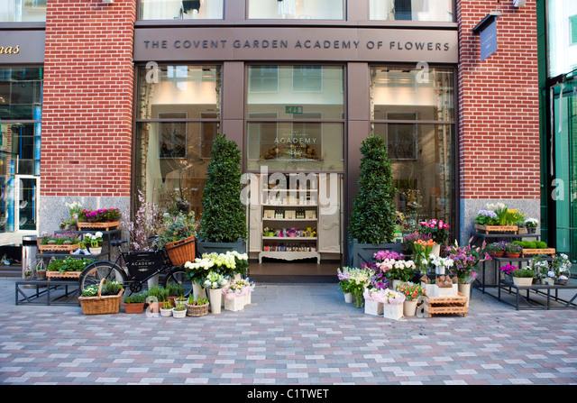 ugg store covent garden address