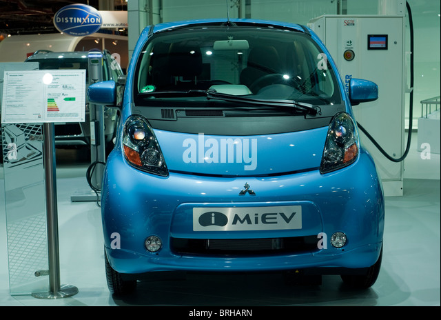 intelligence japanese auto show stock photos intelligence japanese auto show stock images alamy. Black Bedroom Furniture Sets. Home Design Ideas