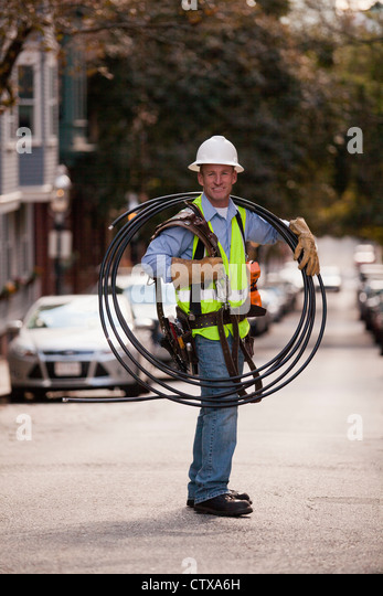Cable Installer Stock Photos & Cable Installer Stock Images - Alamy