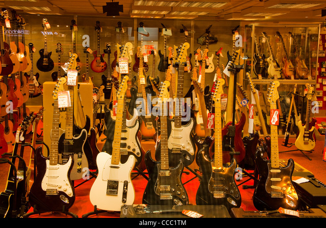 display musical instruments in shop stock photos display musical instruments in shop stock. Black Bedroom Furniture Sets. Home Design Ideas