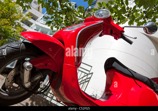 paris motorcycle stock photos paris motorcycle stock images alamy. Black Bedroom Furniture Sets. Home Design Ideas
