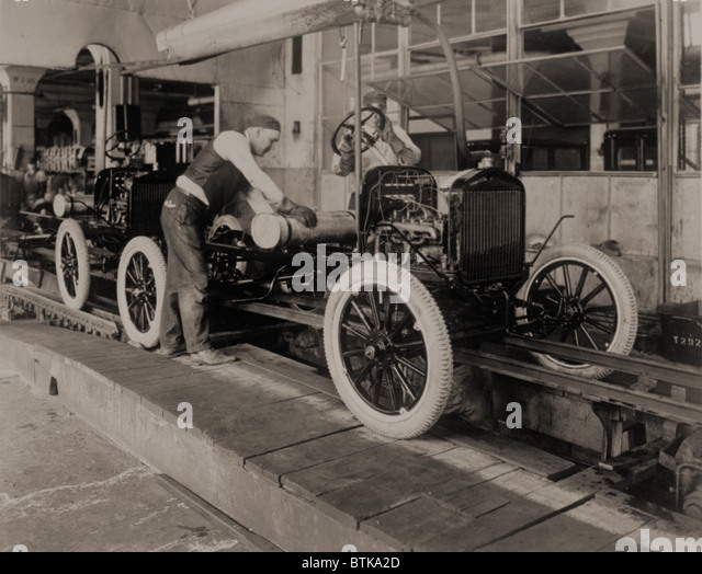 Ford Model Ts On The Moving Assembly Line First Used By Motor Company
