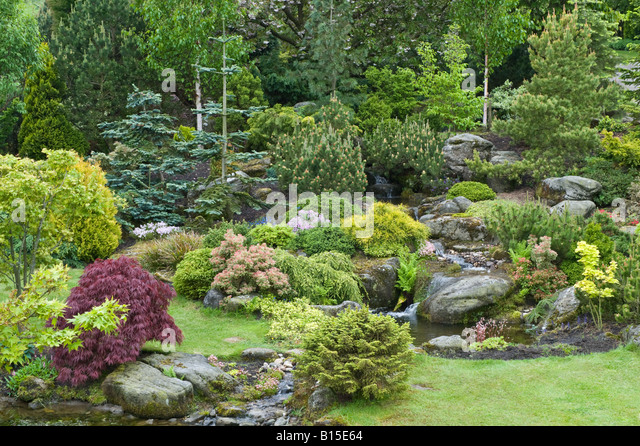 Grit gardening stock photos grit gardening stock images alamy for Garden design yorkshire