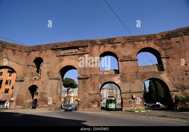 Nero rome stock photos nero rome stock images alamy - Rome porta maggiore ...
