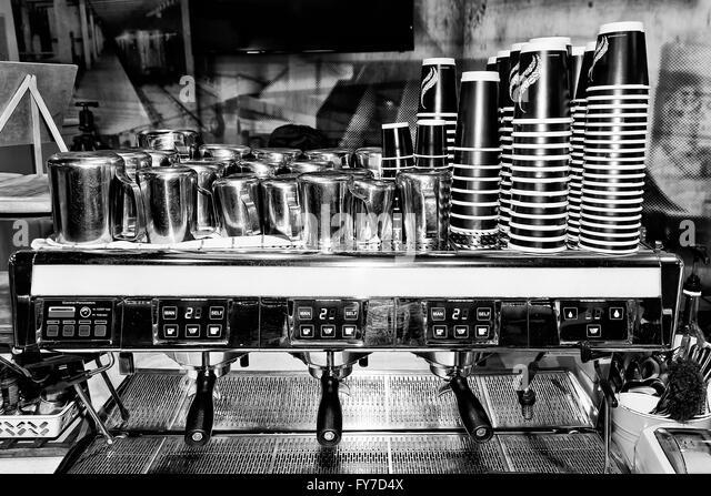 Delonghi Coffee Maker Caffe Elite : lattissima plus - billy noel