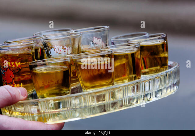 small-alcoholic-refreshments-enjpjh.jpg