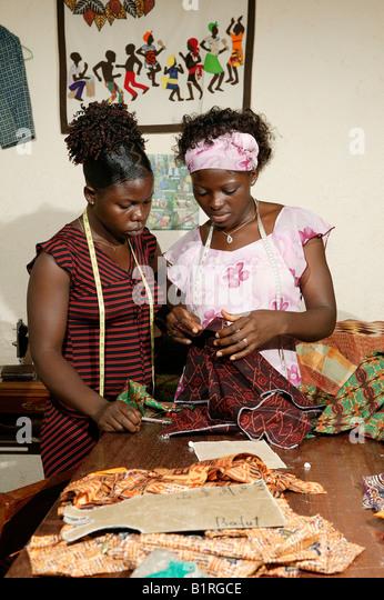 """Résultat de recherche d'images pour """"tailor africa"""""""