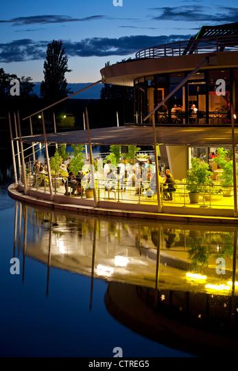Lakeside terrace stock photos lakeside terrace stock for 30 banks terrace swampscott ma