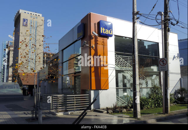 Itau stock photos itau stock images alamy for Banco itau
