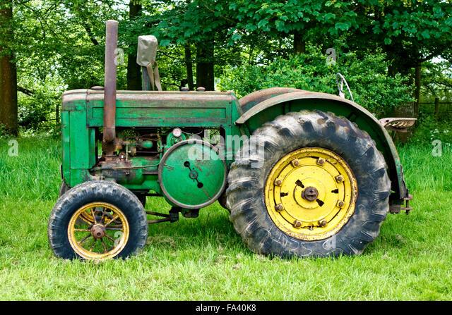 Antique John Deere Show Tractors : Vintage john deere tractor stock photos