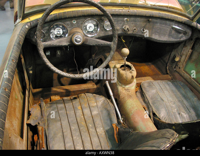 rusty sports car stock photos rusty sports car stock images alamy. Black Bedroom Furniture Sets. Home Design Ideas