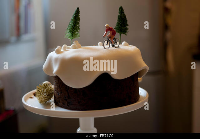 Christmas Cake Leftover Ideas : Leftover Cake Stock Photos & Leftover Cake Stock Images ...