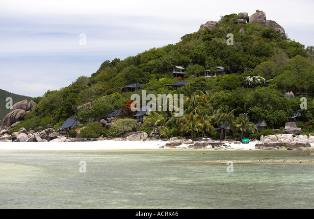 Beautiful beach koh nangyuan island stock photos beautiful beach koh nangyuan island stock - Ko tao dive resort ...