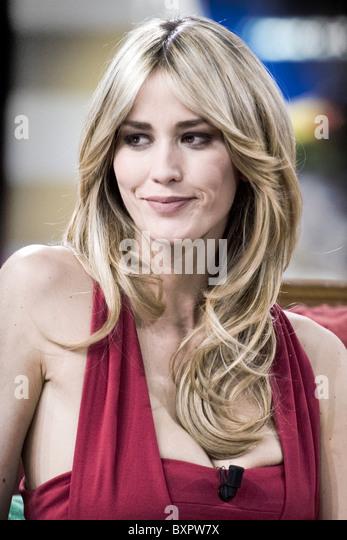 Elena Santarelli Nude Photos 91