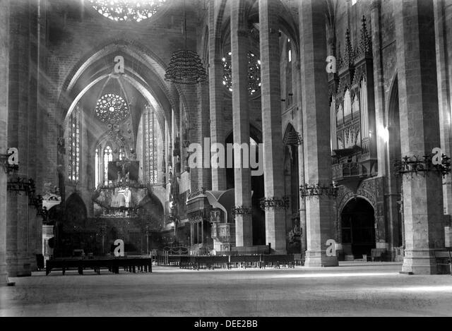 cathedral palma mallorca spain black and white stock photos images alamy. Black Bedroom Furniture Sets. Home Design Ideas