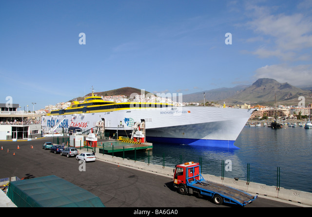 Benchijigua stock photos benchijigua stock images alamy for Oficina fred olsen los cristianos