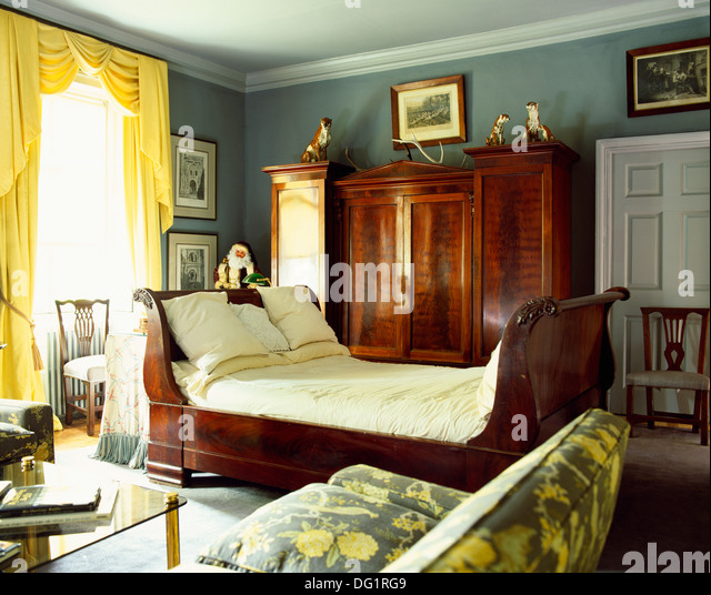 Sleigh Bed Stock Photos Amp Sleigh Bed Stock Images Alamy