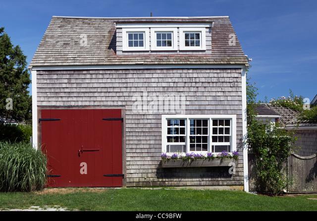 Nantucket house stock photos nantucket house stock for Nantucket shingles