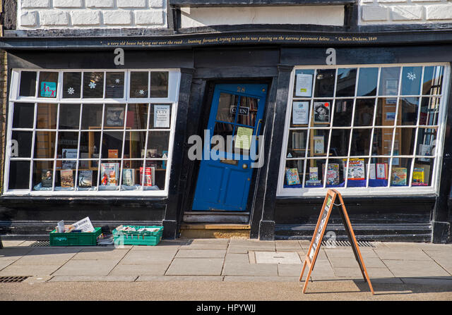 CANTERBURY UK - FEBRUARY 13TH 2017 A slanted door to a bookshop in the & Canterbury Shop Crooked Door Stock Photos \u0026 Canterbury Shop ...