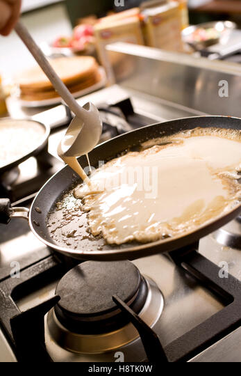 how to cook pancakes on stove top