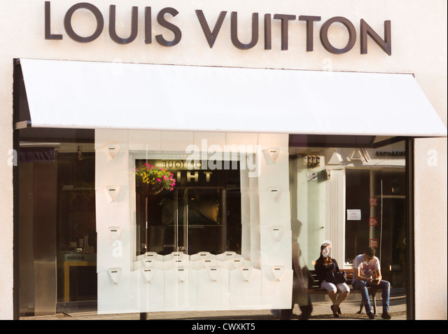 Louis Vuitton Luxembourg Shop