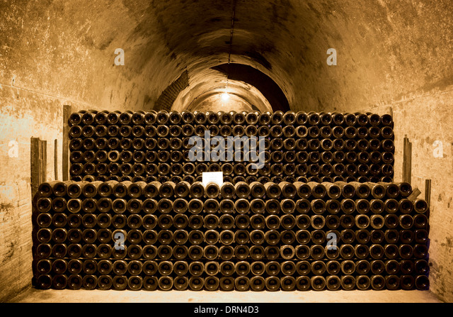 champagne cave stock photos champagne cave stock images alamy. Black Bedroom Furniture Sets. Home Design Ideas