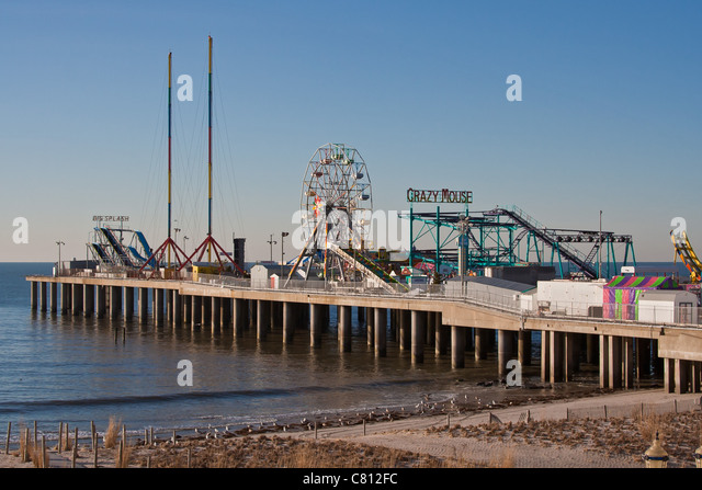 Steel pier stock photos steel pier stock images alamy for Atlantic city fishing pier