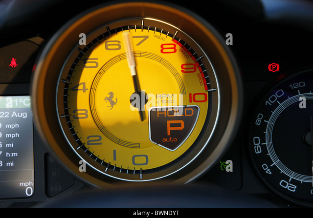 FERRARI CALIFORNIA REV COUNTER CAYTON YORKSHIRE CAYTON BAY NORTH on mercedes amg engine connecting rod