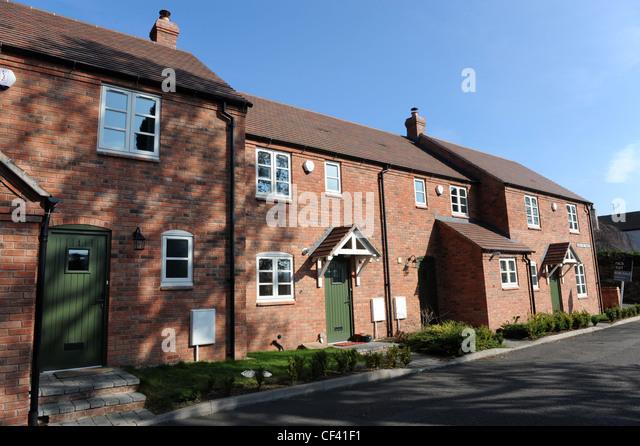 Terraced houses uk stock photos terraced houses uk stock for Terraced house meaning