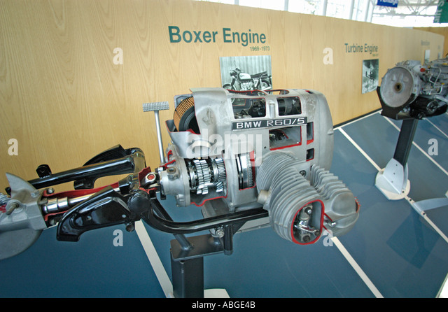 Boxer engine stock photos boxer engine stock images alamy for Motor manufacturers in usa
