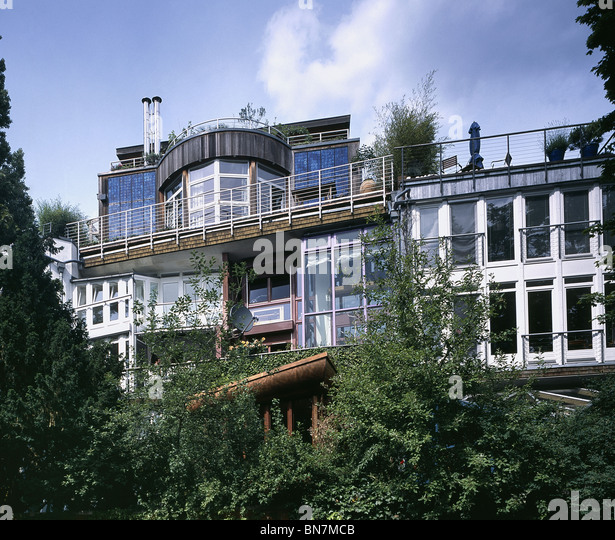 okohaus eco house corneliusstrasse berlin built 1987 as environmentally friendly development solar frei otto