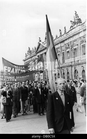 germany experienced a period of political During this period of poverty, hitler engages in much political activity,  hatred for  the politicians who they considered had dishonoured germany by signing the.