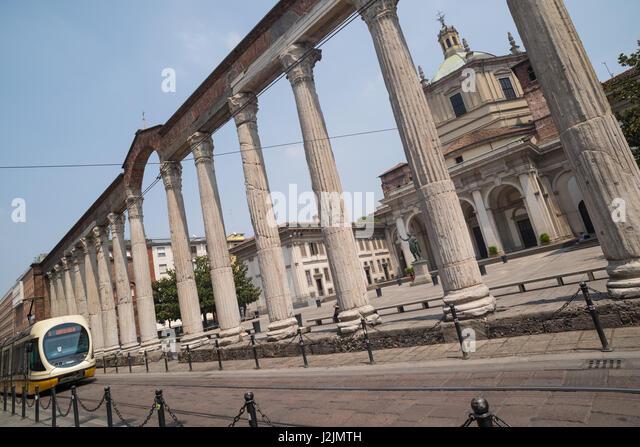 Corso di porta ticinese stock photos corso di porta for Corso di porta genova milano