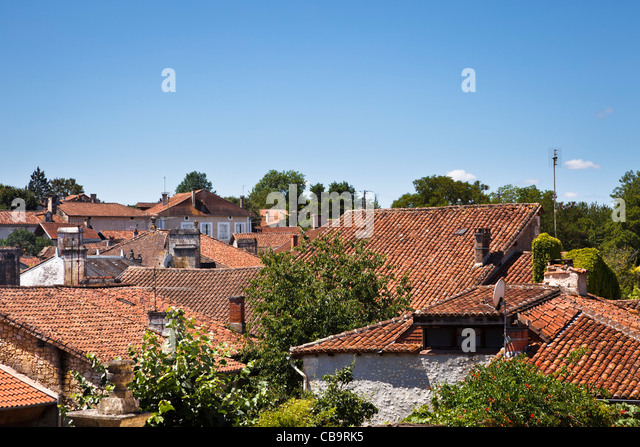 Red roofs of Bourdeilles in the Dordogne France - Stock Image & Roofs Rooves Tiles Stock Photos u0026 Roofs Rooves Tiles Stock Images ... memphite.com