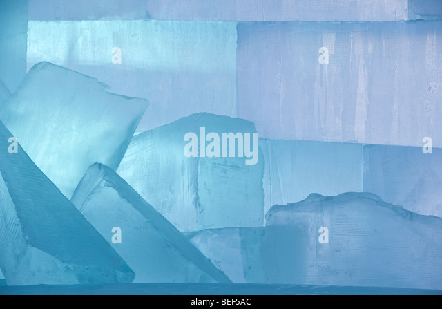 Block Of Ice Stock Photos Block Of Ice Stock Images Alamy