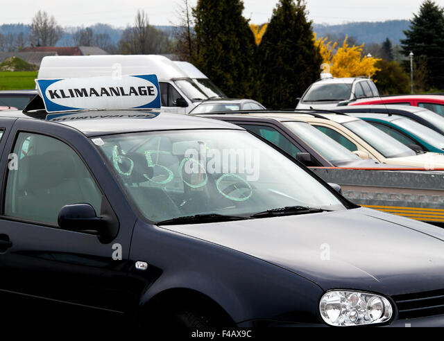 Car Dealers Stock Photos Amp Car Dealers Stock Images Alamy