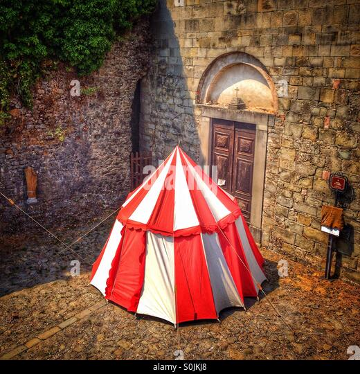 Medieval tent in Castiglione Di Garfagnana Italy - Stock Image & Jousting Tent Stock Photos u0026 Jousting Tent Stock Images - Alamy