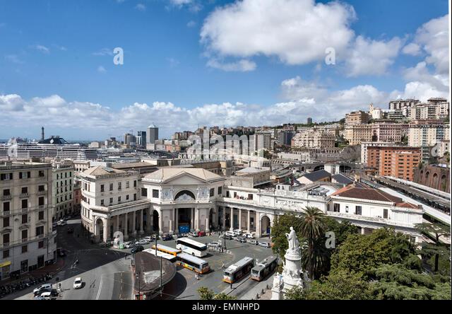 Center of genoa city stock photos center of genoa city - Genova porta principe ...