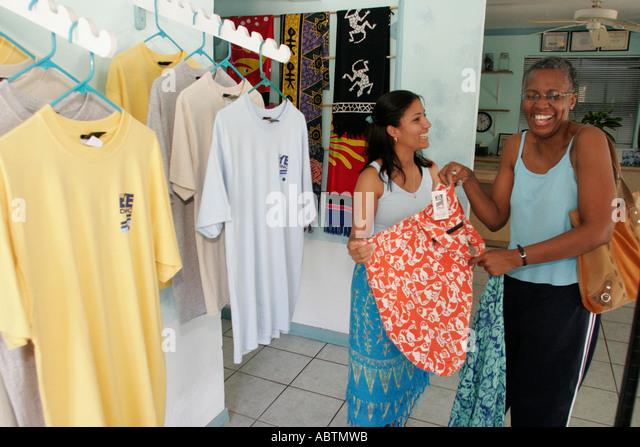 Sandy's clothing store bahamas