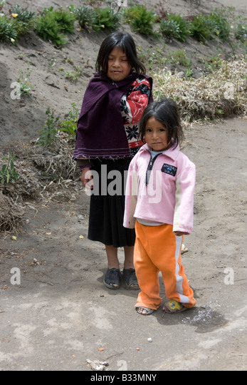 latacunga girls With my usual lack of research - we tackled the quilotoa loop - a two day hike near latacunga in ecuador the adventure made it a favourite hike.